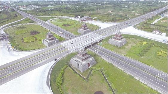 壁纸 道路 高速 高速公路 公路 平面图 桌面 562_316